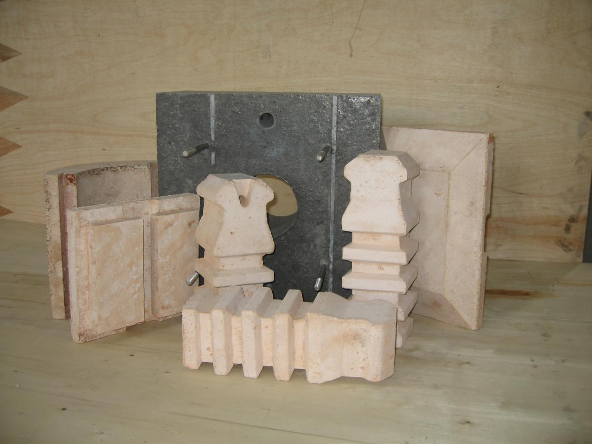 REFRACTORY PRECASTED SHAPES